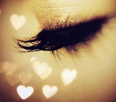 love_eyes_by_leehaneul-d4royio.jpg.6db36