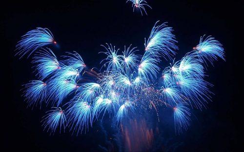 fuegos-artificiales-azules.jpg