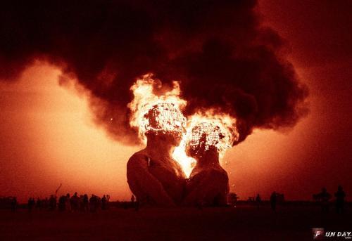 15B-Burning-Man-2014-.jpg